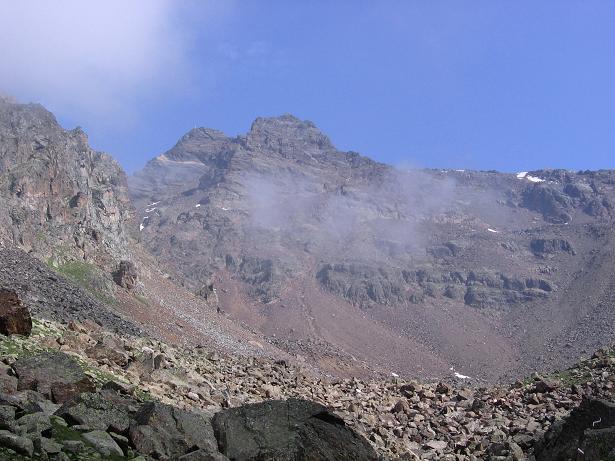 Foto: Andreas Koller / Wander Tour / Hintere Eggenspitze - auf den höchsten Gipfel über dem Ultental (3443 m) / Die Zufrittspitze (3439 m) / 26.04.2007 22:10:32