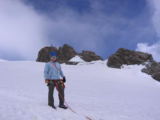 Foto: Andreas Koller / Wander Tour / In den südliche Walliser Alpen auf die Ludwigshöhe (4341 m) / Unter dem Balmenhorn / 25.04.2007 19:36:47