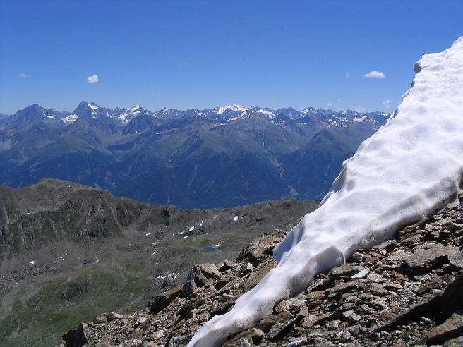 Foto: Andreas Koller / Wander Tour / Über den Rotpleiskopf (2936 m) / Nach O in die Ötztaler / 24.04.2007 12:33:23