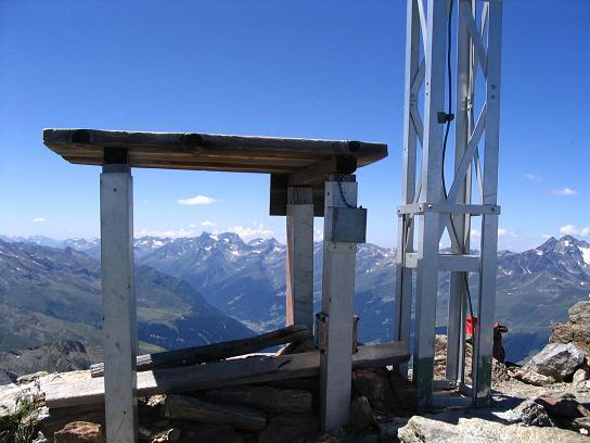 Foto: Andreas Koller / Wander Tour / Über den Rotpleiskopf (2936 m) / Gipfel des Rotpleiskopfes / 24.04.2007 12:34:09