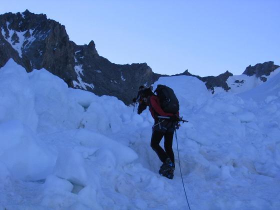 Foto: Andreas Koller / Wander Tour / Der Dom - auf das Dach der Schweiz (4545 m) / Im Eisbruch des Hohberggletschers / 04.05.2007 22:45:02