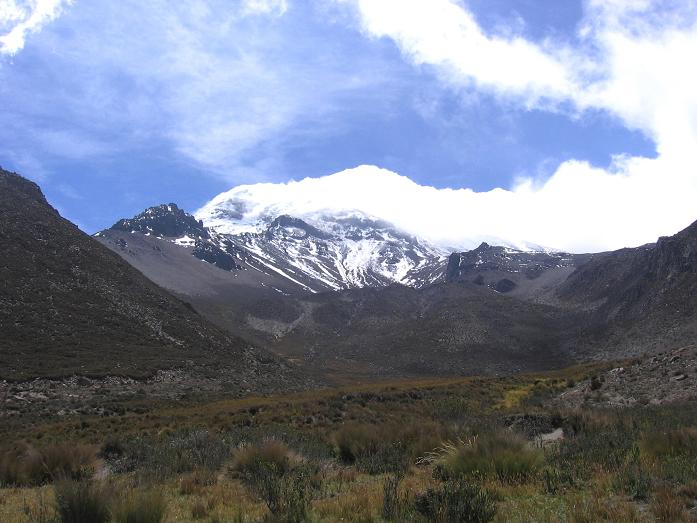 Foto: Andreas Koller / Wandertour / Wandertour in große Höhen im Chimborazo-Massiv (4463 m) / Das lange Tal vom Chimborazo Basecamp zum Chimborazo (6310 m) / 11.05.2007 01:03:47