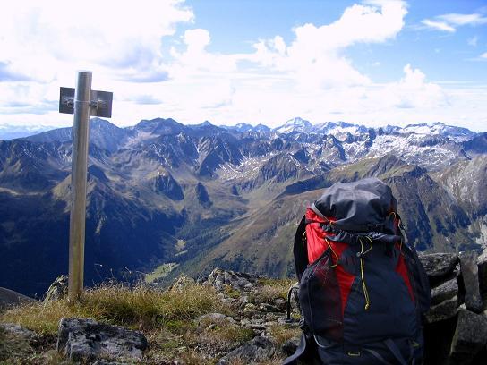 Foto: Andreas Koller / Wander Tour / Rupprechtseck - Runde (2591 m) / Blick vom Dachleiteck nach W / 29.04.2007 23:55:16