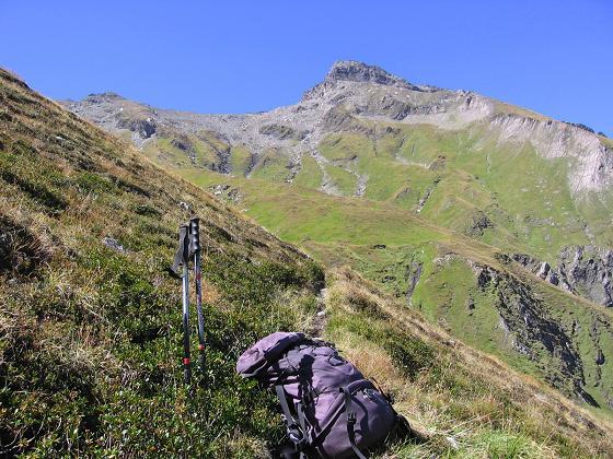 Foto: Andreas Koller / Wander Tour / Jamnighütte - Feldseekopf - Hagenerhütte (2864 m) / Im Aufstieg zur Feldseescharte mit Blick auf die Gesselspitze (2974 m) / 27.04.2007 20:06:17