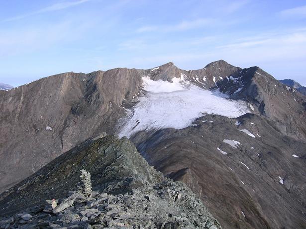 Foto: Andreas Koller / Wandertour / Ins Herz der Granatspitzgruppe (3232 m) / Der Große Muntaninitz mit Gradötzkees / 09.05.2007 00:29:05