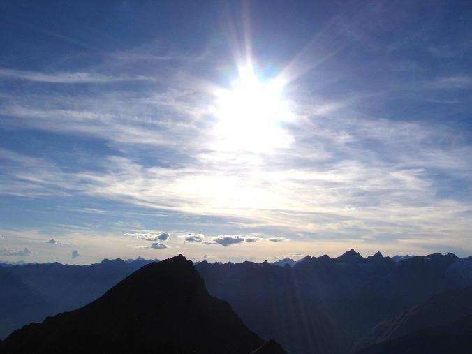 Foto: Andreas Koller / Wandertour / Ins Herz der Granatspitzgruppe (3232 m) / Blick nach S / 09.05.2007 00:42:18
