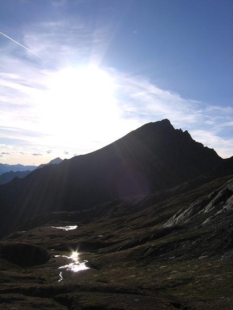 Foto: Andreas Koller / Wandertour / Ins Herz der Granatspitzgruppe (3232 m) / Nussingkogel im Gegenlicht / 09.05.2007 00:41:22