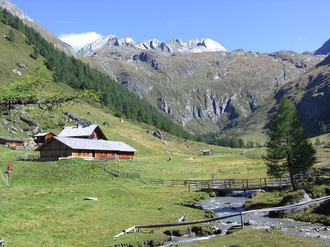 Foto: Andreas Koller / Wandertour / Ins Herz der Granatspitzgruppe (3232 m) / Äußere Steineralm / 09.05.2007 00:33:43