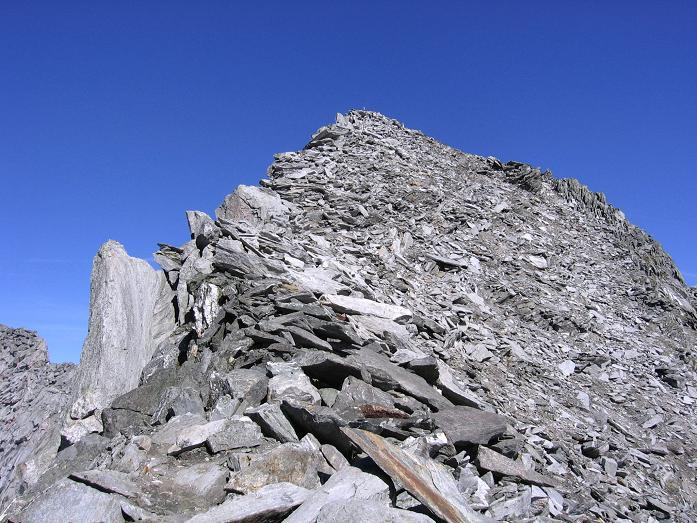 Foto: Andreas Koller / Wander Tour / Auf die Zillerplattenspitze (3148 m) / Die letzten Meter auf die Zillerplattenspitze / 07.05.2007 22:12:25