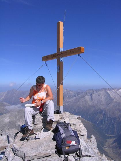 Foto: Andreas Koller / Wander Tour / Auf die Zillerplattenspitze (3148 m) / Kanadischer Gipfelsieg  / 07.05.2007 22:12:42