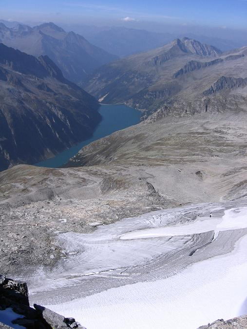 Foto: Andreas Koller / Wander Tour / Auf die Zillerplattenspitze (3148 m) / Über das Hohenau Kees zum Speicher Zillergründl / 07.05.2007 22:13:20