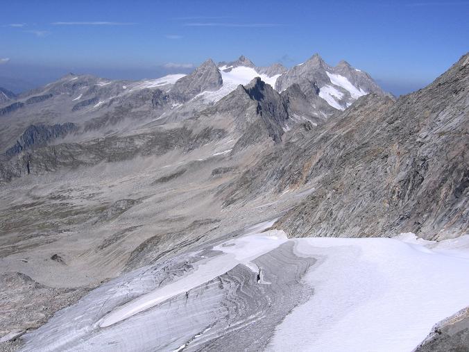 Foto: Andreas Koller / Wander Tour / Auf die Zillerplattenspitze (3148 m) / Hohenau Kees und Reichenspitzgruppe (3303 m) / 07.05.2007 22:12:03