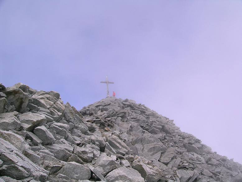 Foto: Andreas Koller / Wander Tour / Vom Neves-Stausee auf den Großen Möseler (3480 m) / Die letzten Meter zum Gipfel / 06.05.2007 22:44:47