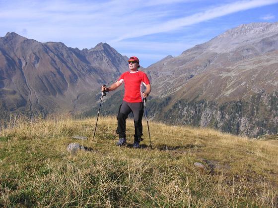 Foto: Andreas Koller / Wander Tour / Vom Neves-Stausee auf den Großen Möseler (3480 m) / Obere Nevesalm / 06.05.2007 22:47:23