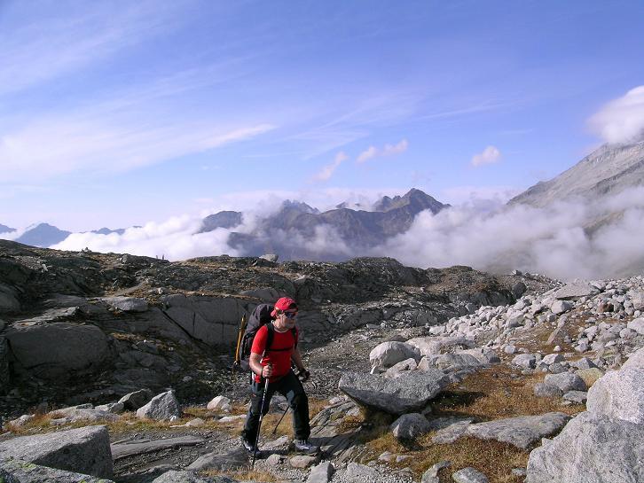 Foto: Andreas Koller / Wander Tour / Vom Neves-Stausee auf den Großen Möseler (3480 m) / Im Aufstieg zum Nevesferner / 06.05.2007 22:46:01