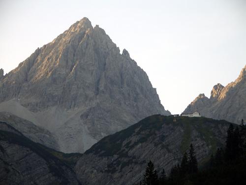 Foto: vince 51 / Wander Tour / Von Boden auf die Kogelseespitze / Hanauer Hütte und Dremelspitze / 29.12.2006 22:18:25