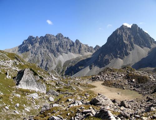 Foto: vince 51 / Wander Tour / Von Boden auf die Kogelseespitze / Schlenkerspitzen und Dremelspitze / 29.12.2006 22:22:09