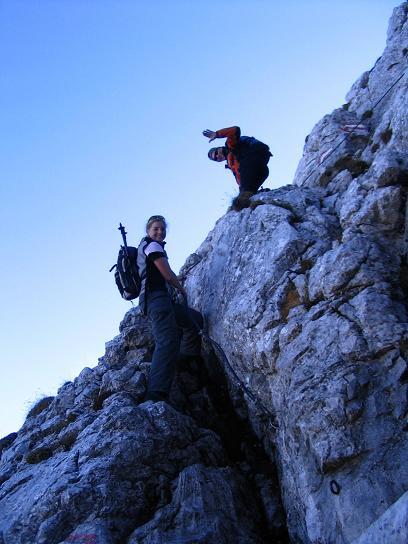 Foto: Andreas Koller / Wandertour / Über das Schneeloch auf das Hochtor (2369 m) / Leichte Kletterei am Josefinensteig / 22.04.2007 23:25:37