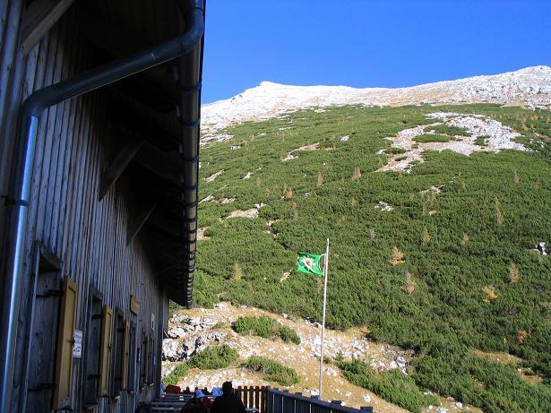 Foto: Andreas Koller / Wandertour / Über das Schneeloch auf das Hochtor (2369 m) / Hesshütte und Zinödl / 22.04.2007 23:25:51