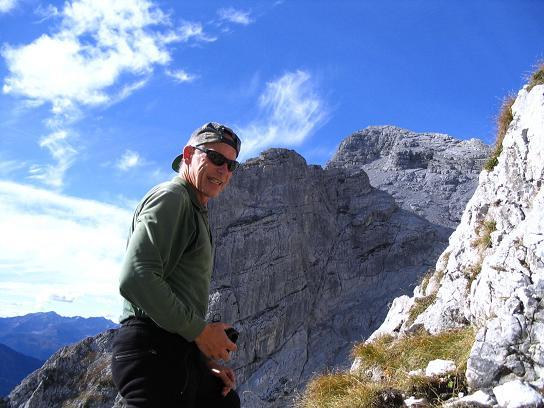 Foto: Andreas Koller / Wandertour / Über das Schneeloch auf das Hochtor (2369 m) / Stiller Winkel Richtung Ödsteine / 22.04.2007 23:22:54