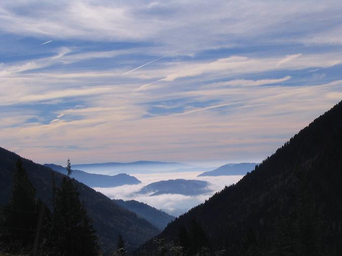 Foto: Andreas Koller / Wander Tour / Aus dem Eselsberggraben auf Schoberspitze und Talkenschrein (2423 m) / Blick von der Hölzlerhütte nach S / 05.05.2007 10:55:05