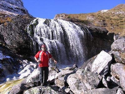 Foto: Andreas Koller / Wander Tour / Lanisch Seen und Oblitzen (2658 m) / Wasserfall ca. 5 Min. oberhalb der Hütte / 09.01.2007 01:42:42