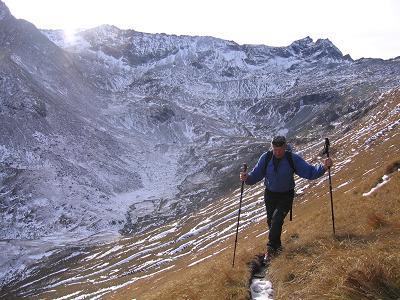 Foto: Andreas Koller / Wander Tour / Lanisch Seen und Oblitzen (2658 m) / Auf schmalem Gamssteiglein auf die Oblitzen / 09.01.2007 01:43:33