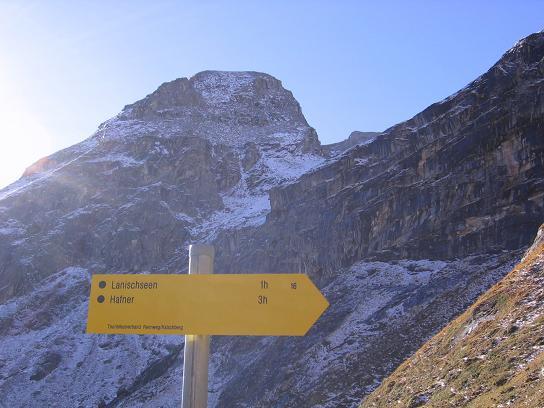 Foto: Andreas Koller / Wander Tour / Lanisch Seen und Oblitzen (2658 m) / Gut beschriftete Steige / 27.04.2007 22:56:57