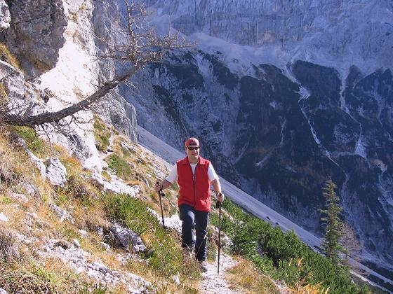 Foto: Andreas Koller / Wandertour / Spik - Überschreitung (2473 m) / Anstieg vom Hüttenkessel / 26.04.2007 22:38:39