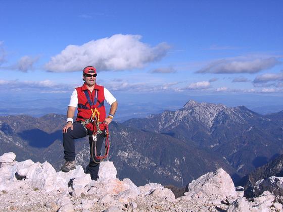 Foto: Andreas Koller / Wander Tour / Spik - Überschreitung (2473 m) / Am Gipfel des Spik gegen den Wörthersee / 26.04.2007 22:41:19