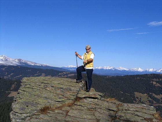 Foto: Andreas Koller / Wandertour / Vom Klippitztörl über die Große Saualpe (2079 m) / Felsformation am Aufstiegsweg / 26.04.2007 21:42:23