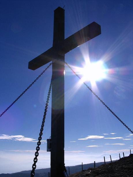 Foto: Andreas Koller / Wander Tour / Vom Klippitztörl über die Große Saualpe (2079 m) / Gipfelkreuz am Geier Kogel / 26.04.2007 21:42:52