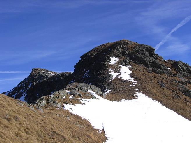 Foto: Andreas Koller / Wander Tour / Drei Gipfel über dem steirischen Bärntal (2386 m) / Der Gipfelaufbau der Gamskögel / 06.05.2007 14:55:36