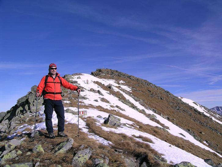Foto: Andreas Koller / Wander Tour / Drei Gipfel über dem steirischen Bärntal (2386 m) / Die letzten Meter zum Gipfel / 06.05.2007 14:57:09
