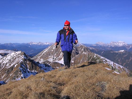 Foto: Andreas Koller / Wander Tour / Drei Gipfel über dem steirischen Bärntal (2386 m) / Auf der Hochleitenspitze / 06.05.2007 15:00:24