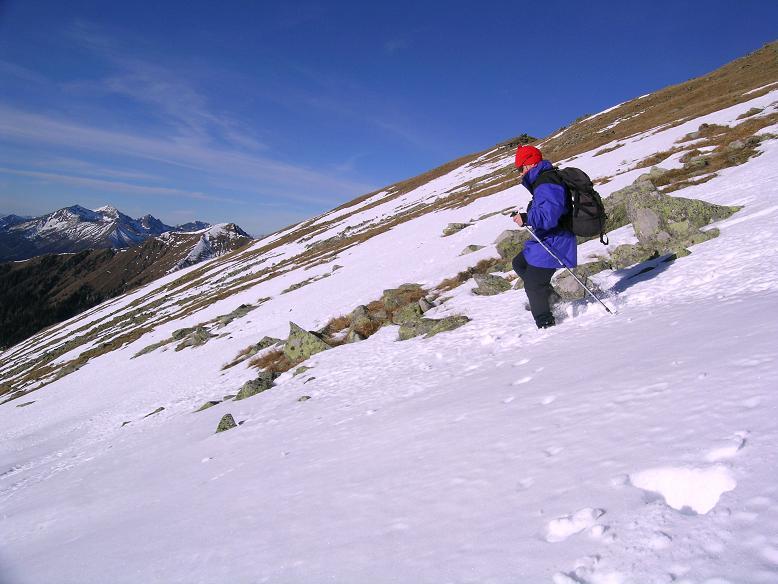 Foto: Andreas Koller / Wander Tour / Drei Gipfel über dem steirischen Bärntal (2386 m) / Direkter Abstieg von der Hochleitenspitze / 06.05.2007 15:01:18