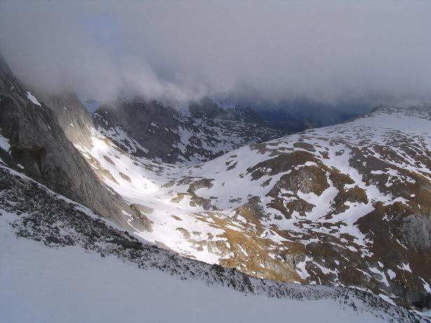 Foto: Andreas Koller / Wander Tour / Übers G´hackte auf den G´hacktkogel (2214 m) / Aus dem G´hackten Richtung Hochschwabgipfel / 09.01.2007 01:51:27