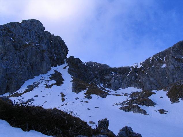 Foto: Andreas Koller / Wander Tour / Übers G´hackte auf den G´hacktkogel (2214 m) / Blick auf das steile G´hackte / 22.04.2007 22:51:47