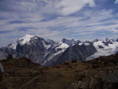 Foto: Rucki / Wander Tour / Hochtour auf die Punta Rosa / Vom Gipfel der Rötelspitze Blick auf die Ortlergruppe / 24.02.2007 13:06:29