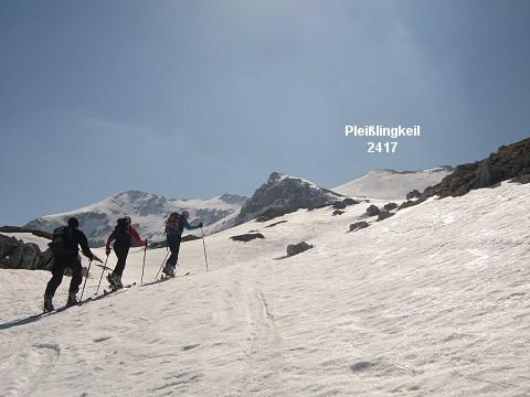 Foto: klaus b / Ski Tour / Kleiner Pleißlingkeil, 2417m - über die Südwiener Hütte / Traumtour im Frühjahr / 16.04.2007 08:15:14