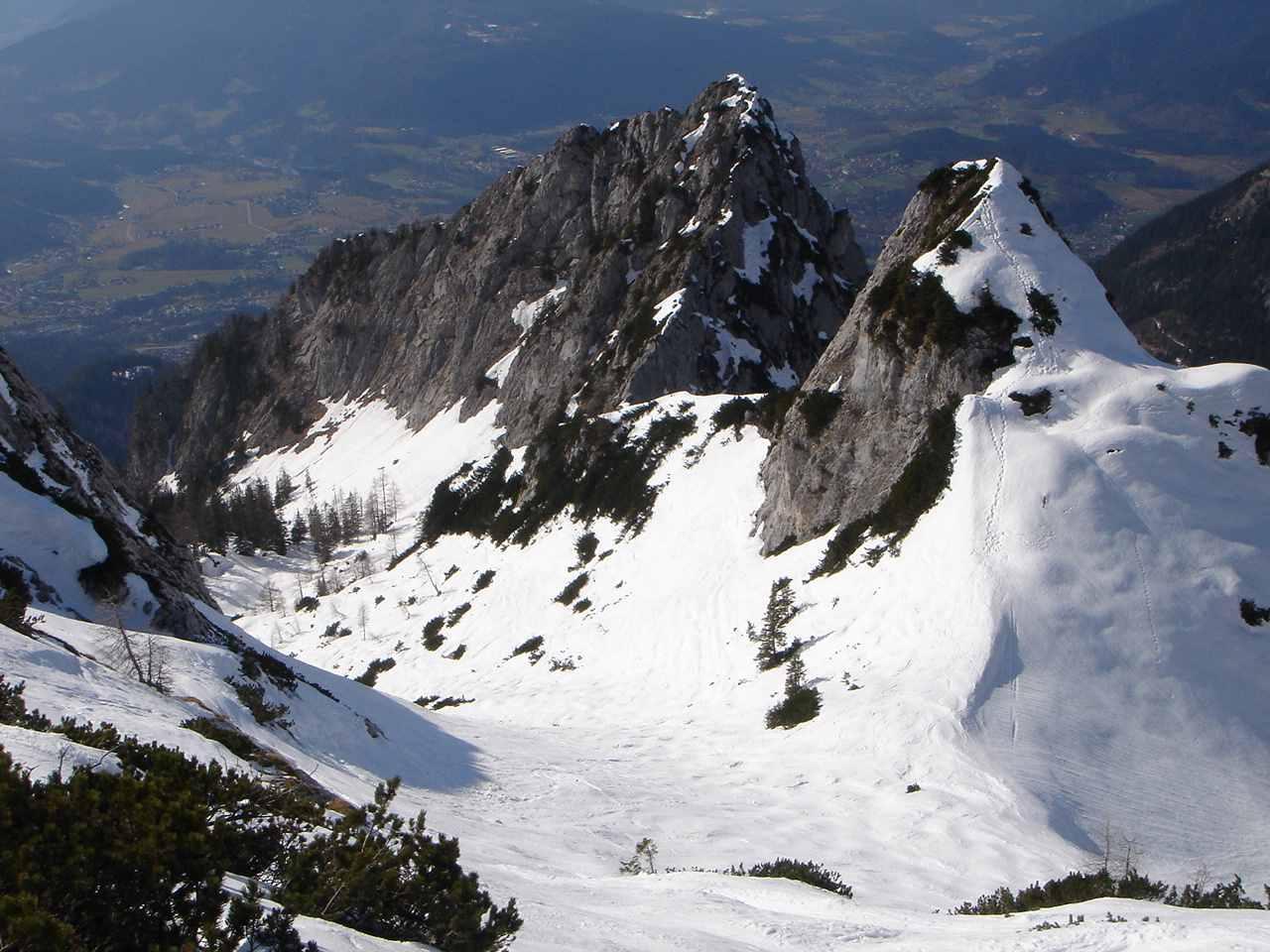 Foto: Manfred Karl / Ski Tour / Hoher Göll, 2522m / Oberer Teil des Alpeltals / 18.05.2007 06:37:34