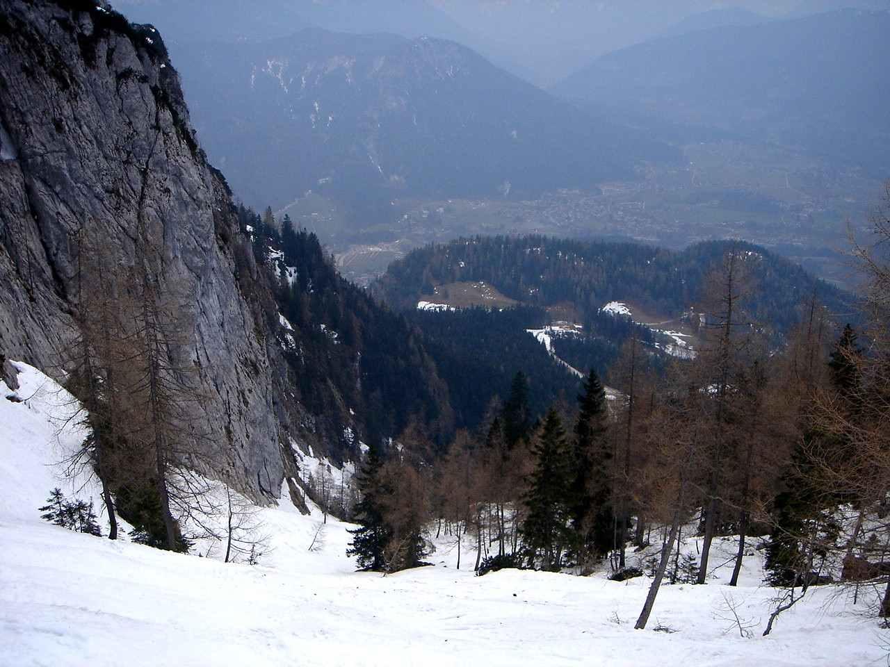 Foto: Manfred Karl / Ski Tour / Hoher Göll, 2522m / Unterer Teil des Alpeltals, kurz vorm Lärchenwandl. / 18.05.2007 06:36:41