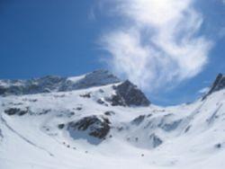 Foto: Florian Linsinger / Ski Tour / Vom Enzingerboden auf den Hocheiser, 3206m / noch fast 900 Höhenmeter / 18.04.2007 10:50:24