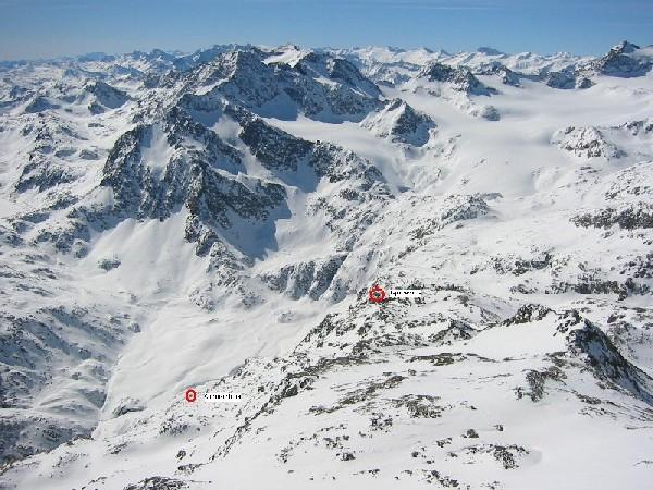 Foto: mucho / Skitour / Agglsspitze (3194m) / Tiefblich vom Gipfel zur Grohmann- und Teplitzerhütte / 13.03.2007 19:59:27