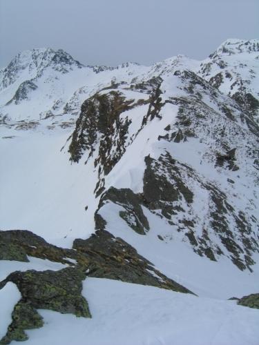 Foto: Christian Suschegg / Ski Tour / Laubtaleck (2230m) / Bei der Oberen Blaufeldscharte. Die Abfahrt erfolgt nach rechts hinunter  / 04.01.2007 18:00:03