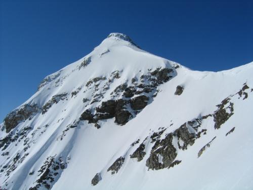 Foto: Christian Suschegg / Skitour / Von der Felseralm auf die Glöcknerin (2433m) / Beim Aufstieg zur Kombinationsmöglichkeit auf die Vordere Großwandspitze. Blick zur markanten Hinteren Großwandspitze. / 05.01.2007 08:51:28