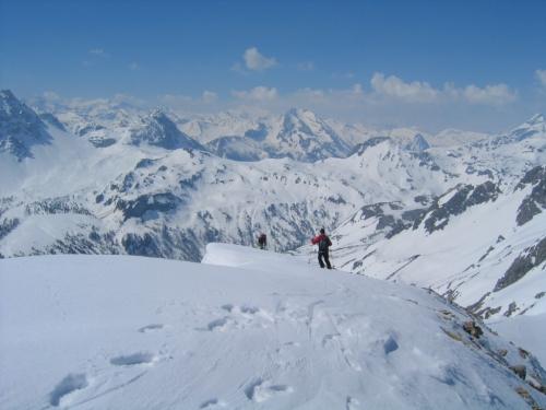 Foto: Christian Suschegg / Skitour / Von der Felseralm auf die Glöcknerin (2433m) / Vorsicht bei der Abfahrt über den überwechteten Westgrat / 05.01.2007 08:49:44