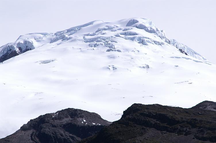 Foto: Andreas Koller / Wander Tour / Im ewigen Eis des Cayambe (5794 m) / Der Cayambe in seiner vollen Pracht / 22.04.2007 20:44:54