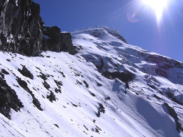 Foto: Andreas Koller / Wander Tour / Chimborazo - König der Anden Ecuadors (6310 m) / Traversierung untehalb des Felsens El Castillo / 10.01.2007 03:03:02