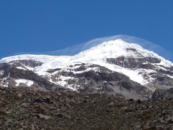 Foto: Andreas Koller / Wander Tour / Chimborazo - König der Anden Ecuadors (6310 m) / Der Chimborazo von SW / 19.02.2007 00:12:32